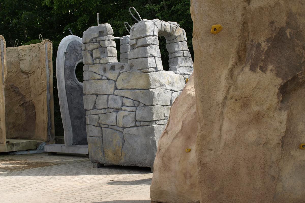 Burgsegment und individuell designtes Kletterelement für schwedischen Kunden 2008